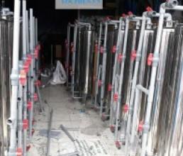 Loc Nuoc Gieng Cot Inox 220