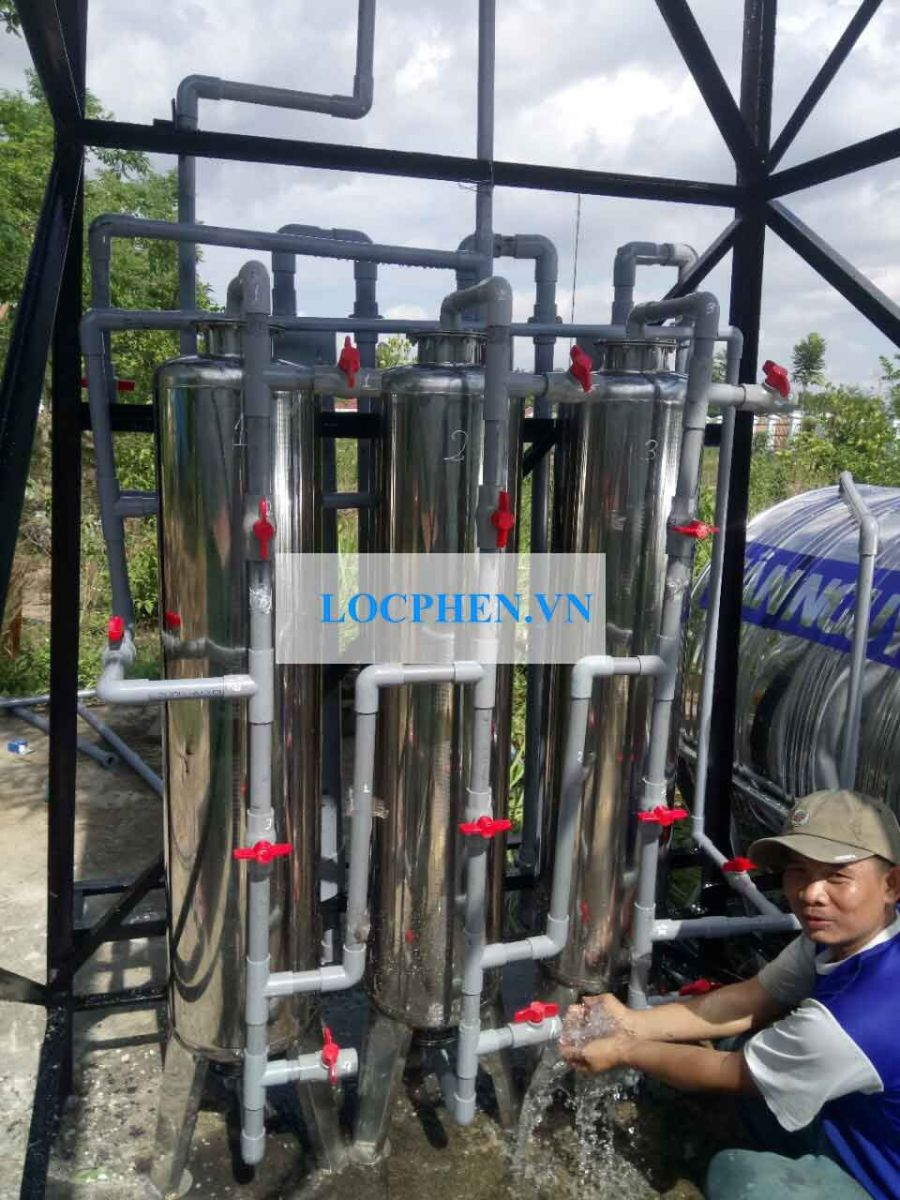 Bộ lọc nước giếng khoan inox d300 03 cột