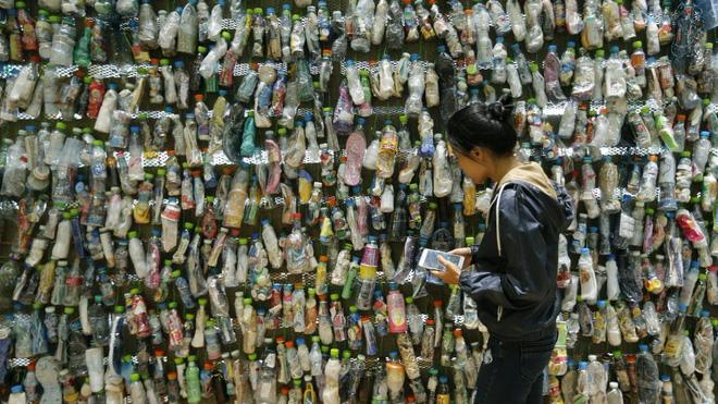 Thế giới mắc kẹt trong 8,3 tỷ tấn rác nhựa