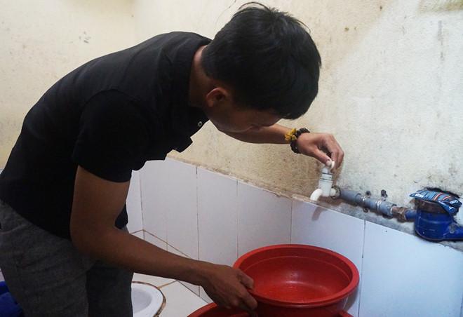Đà Nẵng khổ vì thiếu nước sinh hoạt giữa mùa mưa