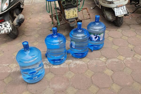Nước bình loại 20L của các hãng uy tín đang cháy hàng