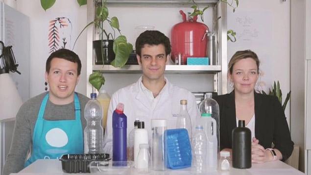 Quả cầu nước thay thế cho trai nhựa